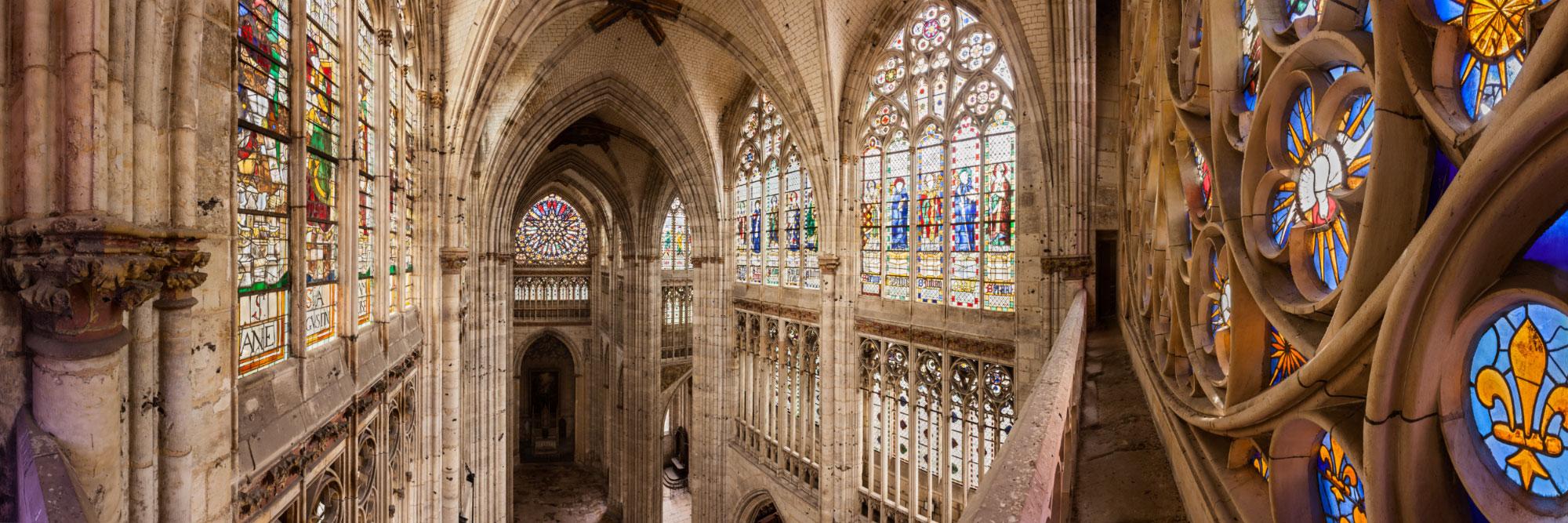 Vitraux perspective sur le transept de l 39 glise abbatiale de saint ouen - Agence saint ouen rouen ...