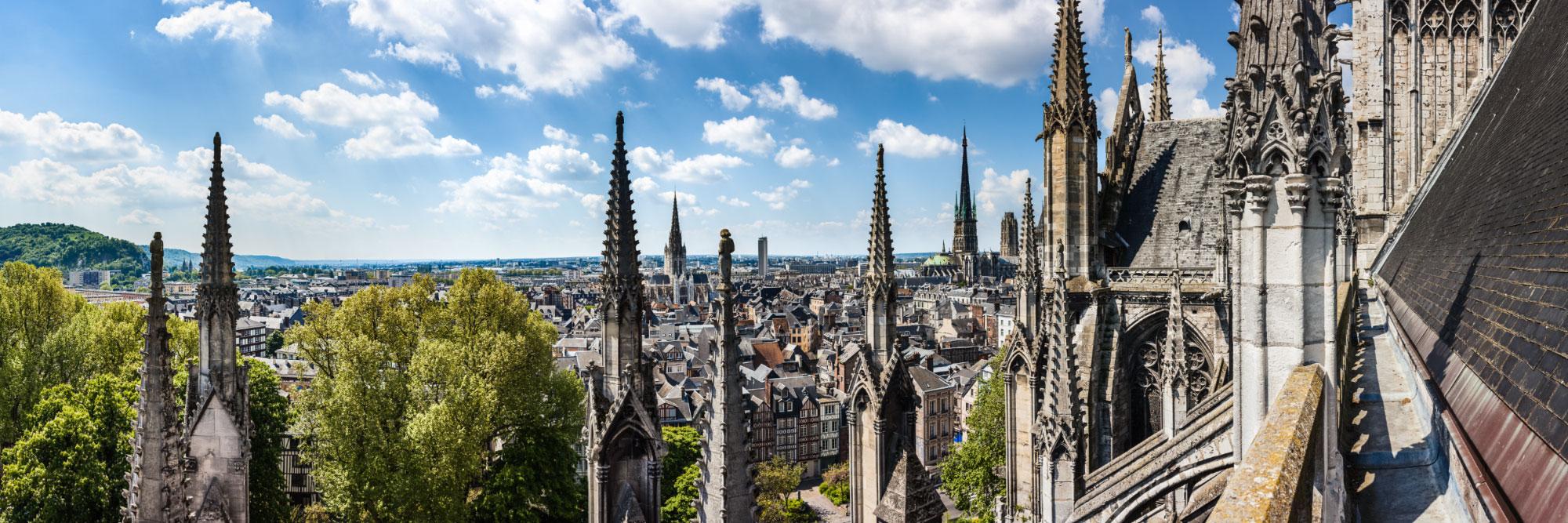 La ville aux cent clochers, les pinacles du choeur de l'Abbaye de Saint-Ouen, Rouen