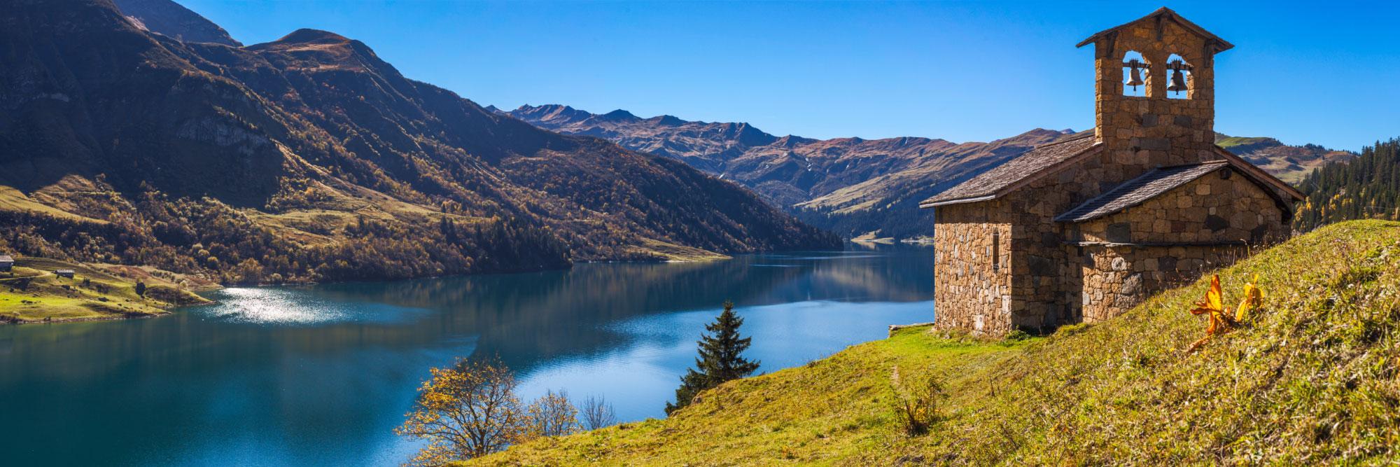 Lac et chapelle de Roselend, Beaufortin