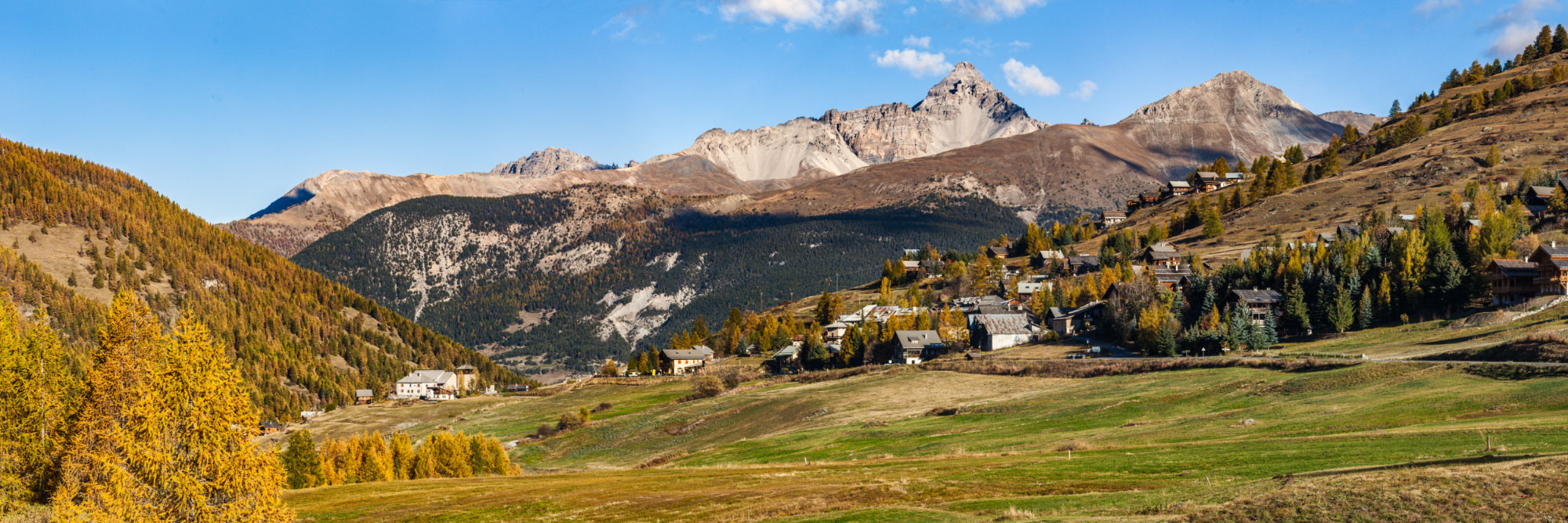 Molines-en-Queyras, Hautes-Alpes - Herve Sentucq Photo ...