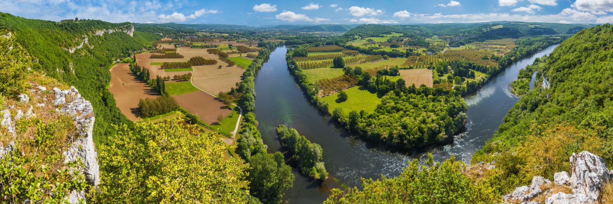 Vue sur la vallée de la Dordogne depuis le bord du Roc Coulon, Quercy