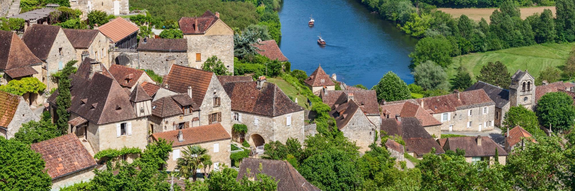 Castelnaud-la-Chapelle dominant la Dordogne