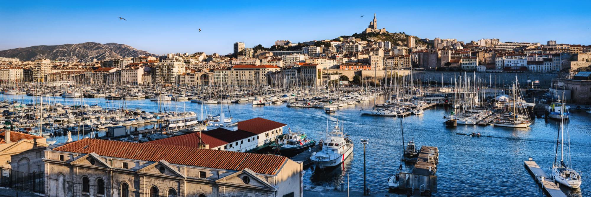 Port de Marseille et Notre-Dame de la Garde