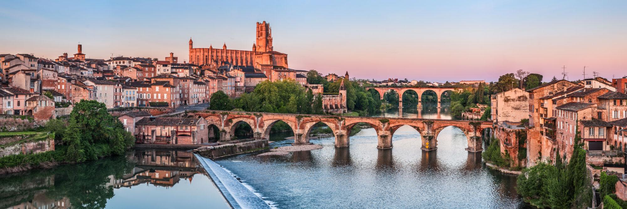 Cité épiscopale d'Albi, cathédrale Sainte-Cécile et Pont Vieux sur le Tarn