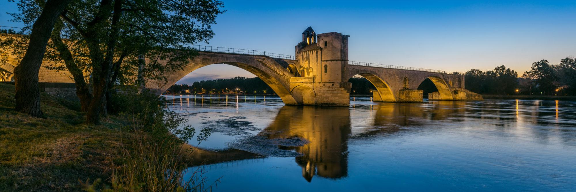Pont d'Avignon (pont Saint-Bénézet) sur le Rhône