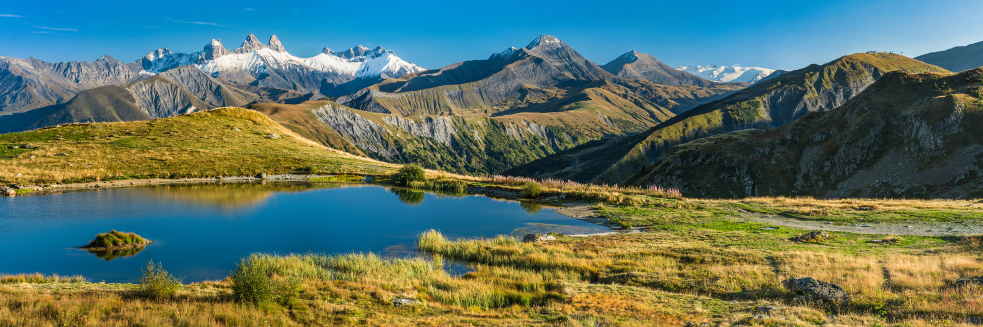 Aiguilles d'Arves et lac du Laitelet, Col de la Croix de Fer, Grandes Rousses