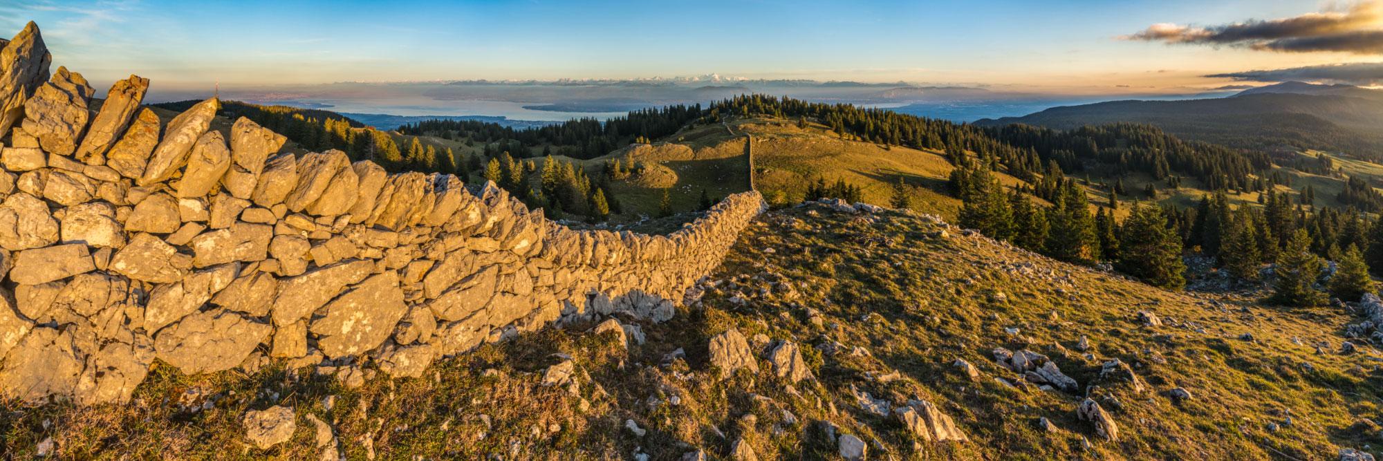 Crêtes du Haut-Jura et Mont-Blanc, Les Rousses (France) - La Dôle (Suisse)