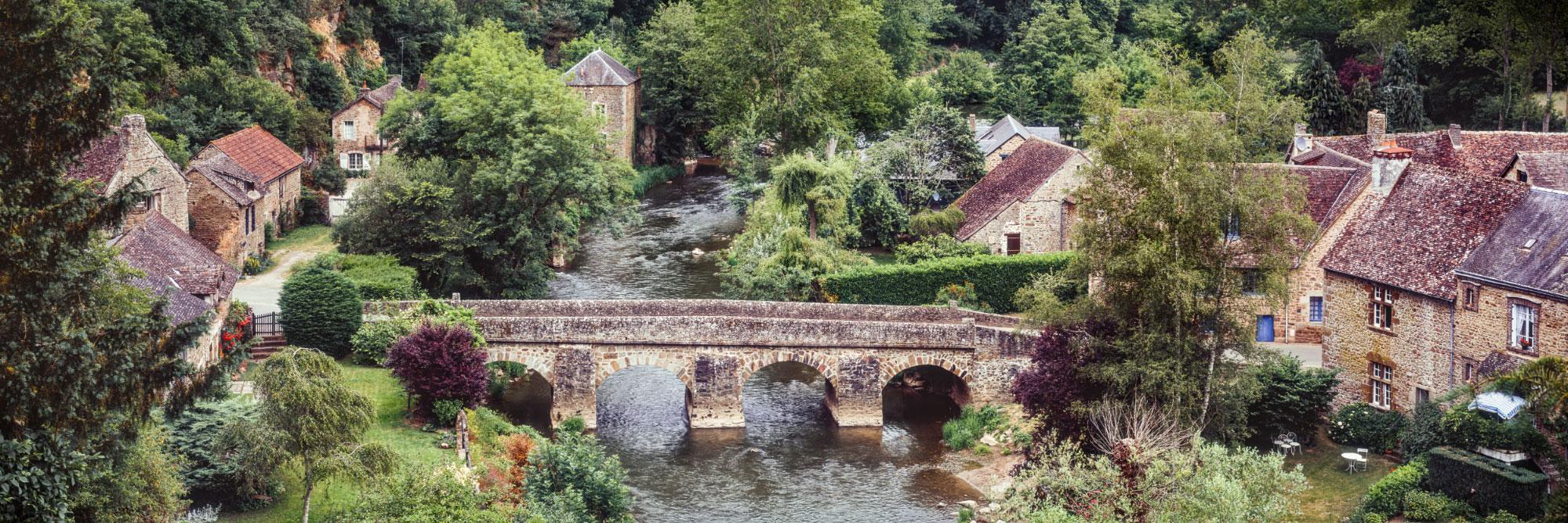 La Sarthe à Saint-Ceneri-le-Gerei