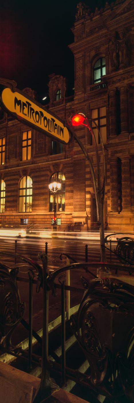 Métro Louvre