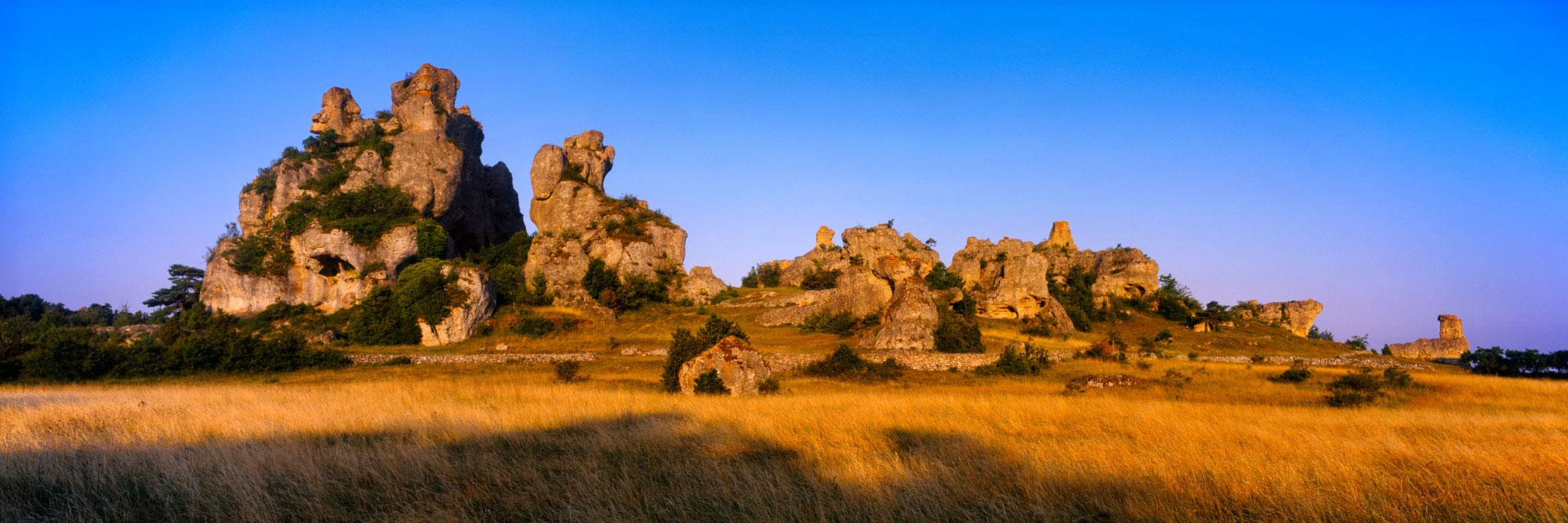 Rocher de Roques Altes, Causses noires